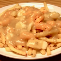 Easy Gluten Free Poutine (That Tastes Like The Real Thing)